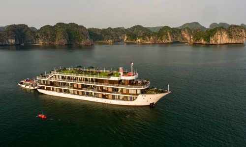 an unforgettable 2-day cruise to Halong Bay and Lan Ha Bay