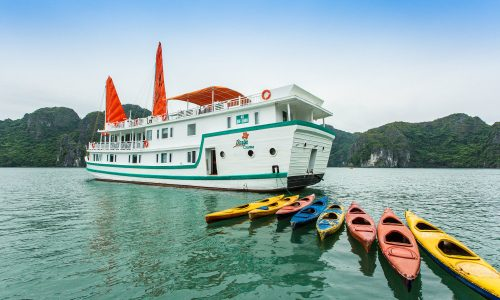 2-day-1-night journey in Halong Bay